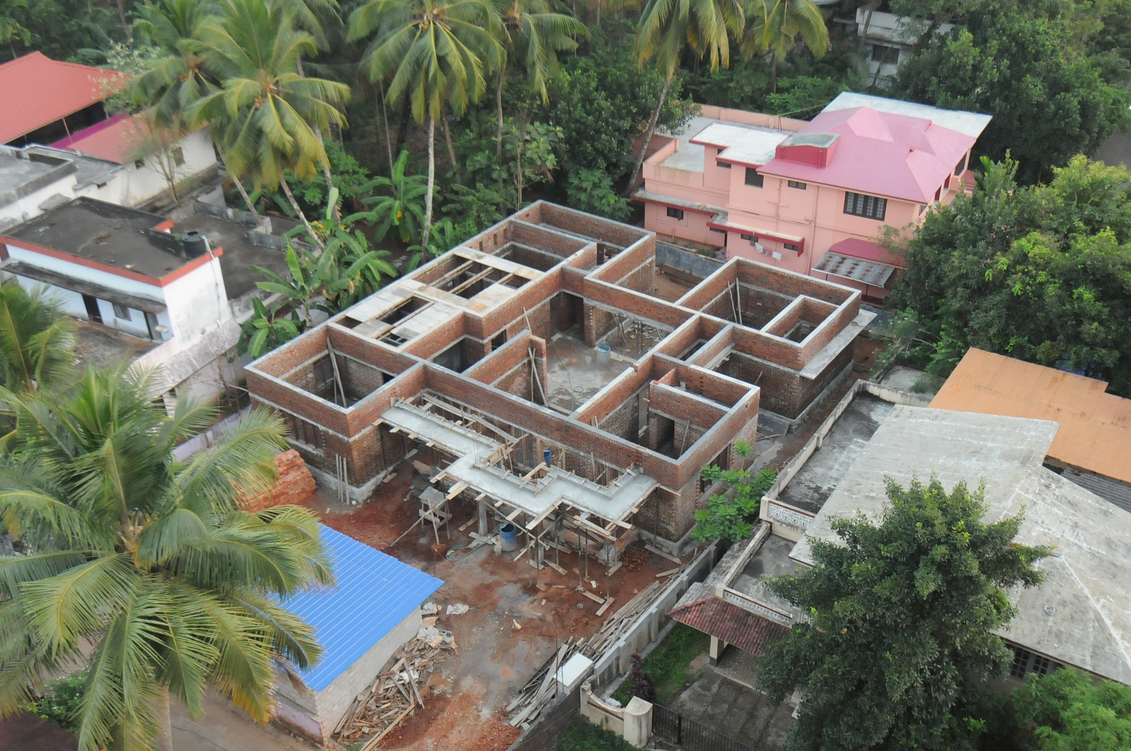 7 stages of house construction an arial view for Stages of home construction