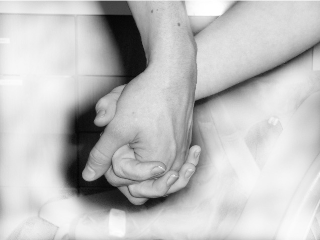 holding-hands-love-passion-1