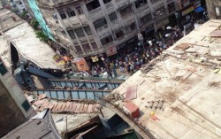 Vivekanand Flyover collapse in Kolkata Live: Army deployed, Mamata Banerjee at spot