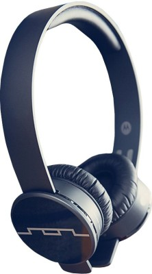 Motorola Tracks Air On the Ear Headset