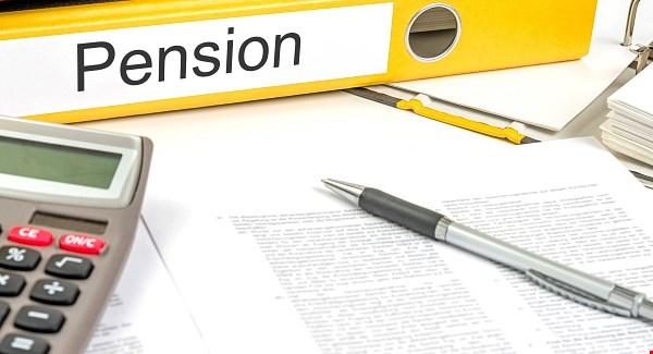 politicians-pension