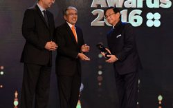 Maruti Suzuki MD Kenichi Ayukawa is awarded 'Best CEO – Multinational Company' at Forbes India Leadership Awards (FILA 2016)