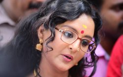 Manju Warrier Transformed into Kamala Das (Madhavikutty) for Amy – First Look