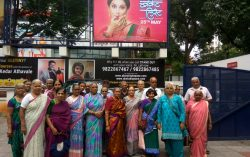 This gesture by fans makes Madhuri Dixit Emotional